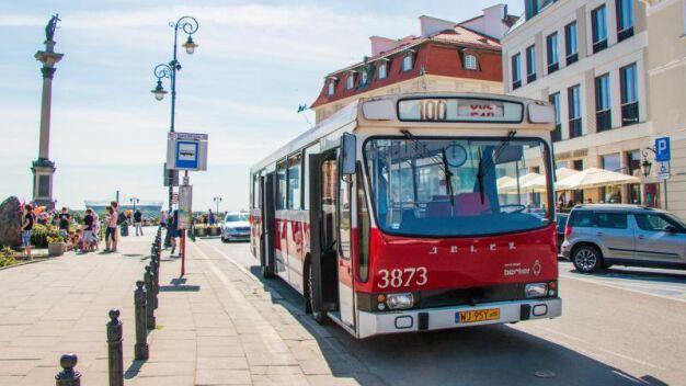 Na ulice stolicy wyjadą zabytkowy autobus i tramwaj