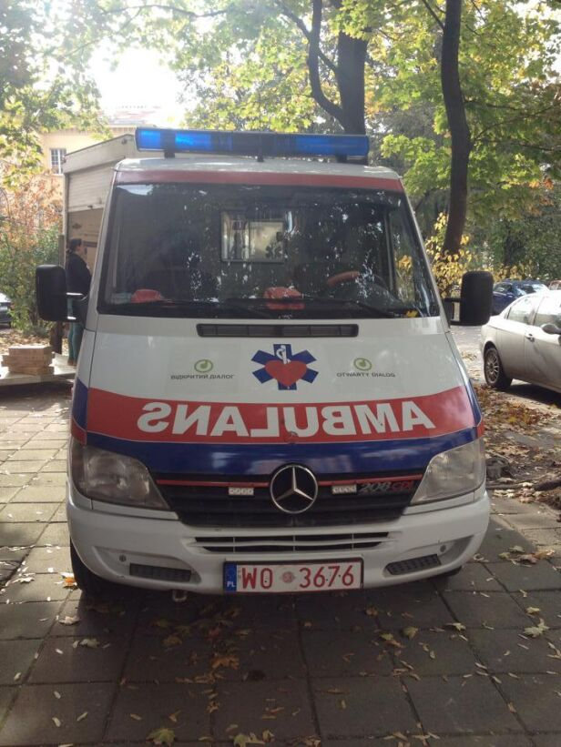 Ambulans wyruszył na Ukrainę Fundacja Otwarty Dialog / facebook.com